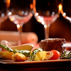 31 maggio, 20:00, Cena dell'Accademia Italiana della Cucina 31 mai, 20:00, Cina Academiei Italiene a Bucătăriei